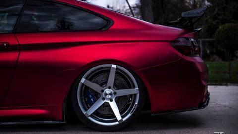 BMW M4 Z-Performance