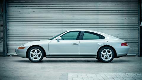 Porsche 989