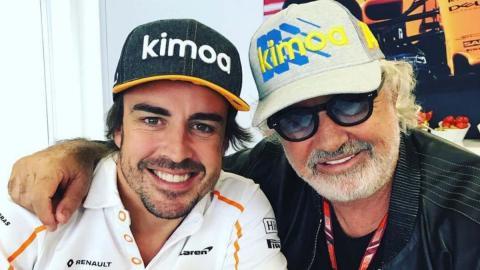 Alonso y Briatore, felices como perdices en Bakú
