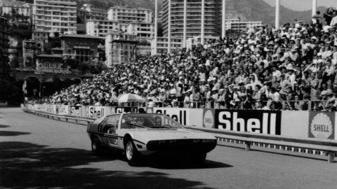 Rainiero y Grace Kelly en el Marzal antes del GP Mónaco F1 1967