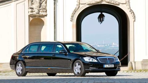 Limusina corea del norte rusia coche presidencial blindado lujo