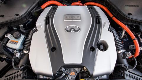motor híbrido Infiniti