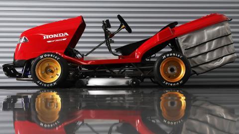 Mean Mower V2: el cortacésped de Honda de los 240 km/h