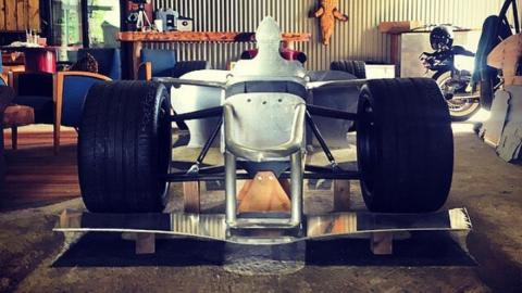 Delantera F1 de calle