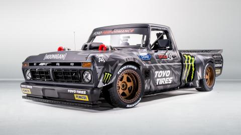 Pick-up Ken Block Hoonitruck