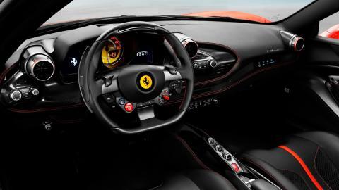 Ferrari F8 Tributo (interior)