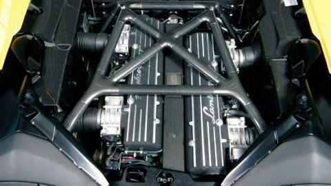Motor V12 Lamborghini Murciélago Roadster (2004)