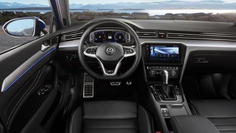 Volkswagen Passat 2019 (interior)