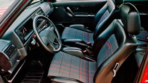 Volkswagen Golf Rallye (interior)