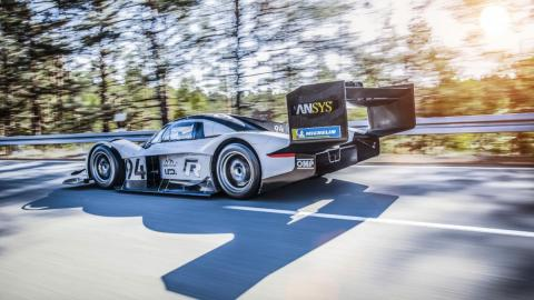 Volkswagen ID R, lateral