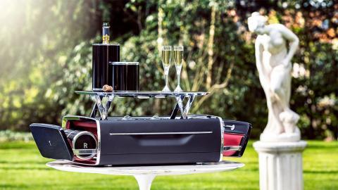Mini bar Rolls-Royce 2