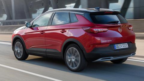 Opel Grandland X PHEV trasera