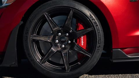 Ford Shelby GT500 llantas