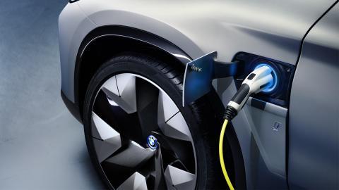 Toma de carga del BMW iX3