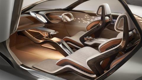 Bentley EXP 100 interior