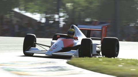 detalles carrera piloto juego coches competicion