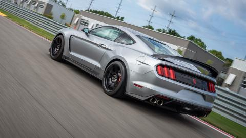 Shelby GT350R trasera