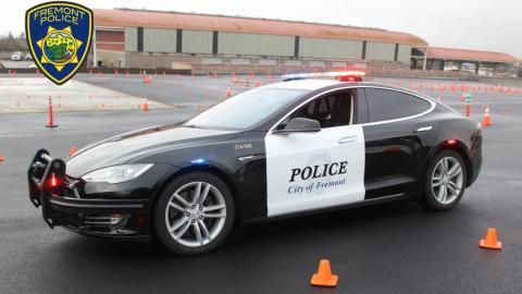 Coche de policia Tesla