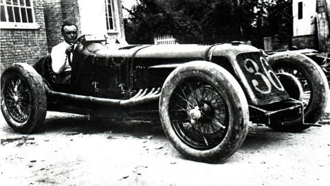 record velocidad coche clasico vintage deportivo