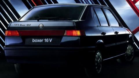 compacto deportivo sedan italia