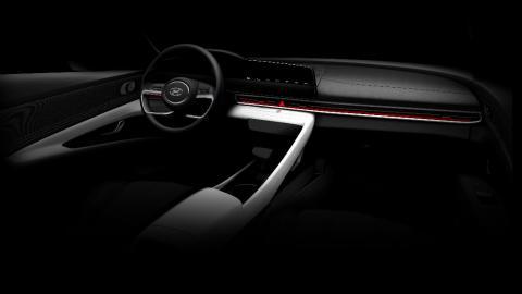 nuevo sedan berlina presentacion interior minimalista
