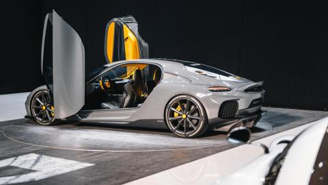 deportivo GT cuatro plazas hiperdeportivo electrico hibrido