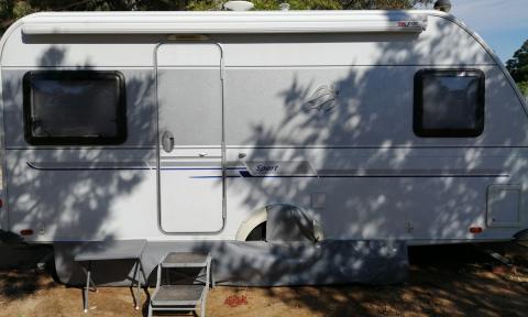 vivir confinamiento caravana