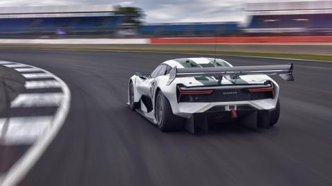 Un coche para track days en circuito... ¡matriculable!