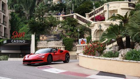 Galería: Leclerc, un Ferrari SF90 y Mónaco