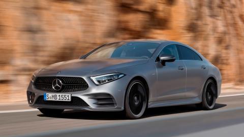 sedan coupe lujo altas prestaciones tecnologia