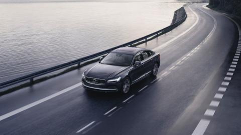 Volvo limita velocidad 180 km/h