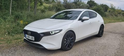 Mazda3 180 frontal