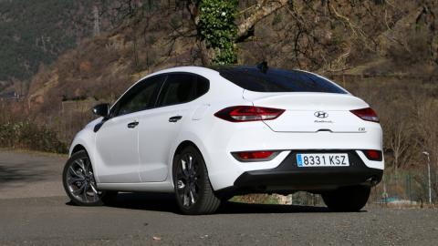 sedan coupe compacto hatchback blanco opinion