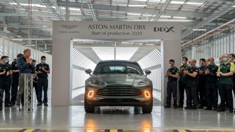 Aston Martin DBX Produccion