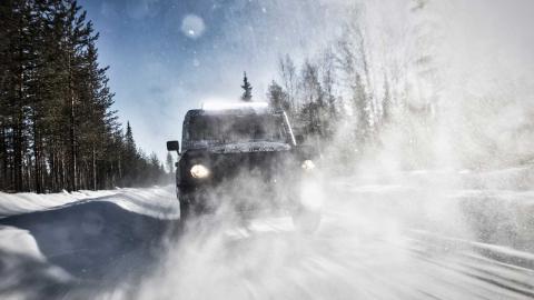 autenticos-coches-4x4-a-la-venta_grenadier-nieve
