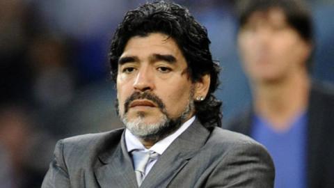Nuevo coche de Maradona