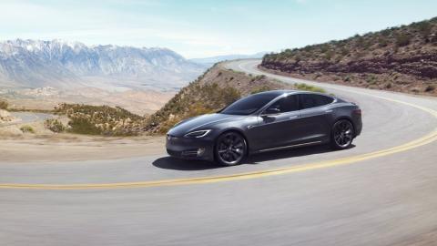 Costes mantenimiento Tesla Model S