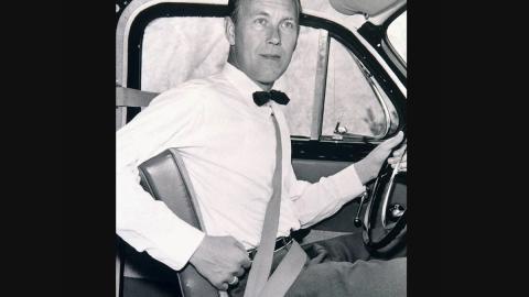 Nils Bohlin y el primer cinturón de seguridad de tres puntos en un Volvo