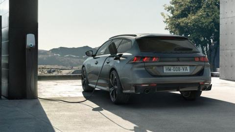 Galería: Peugeot 508 Peugeot Sport Engineered 2021