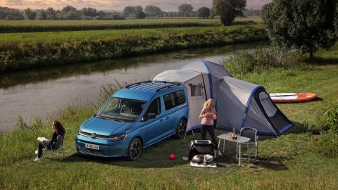 camper lujo compacta camping caravaning furgoneta camperizada