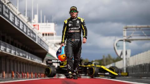 Alonso debuta con Renault 2021