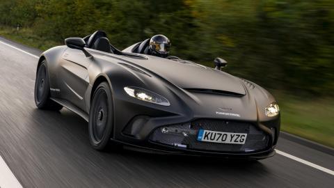 V12 lujo deportivo superdeportivo barchetta techo parabrisas negro mate