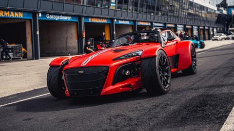 coche track day circuito carreras competicion cliente