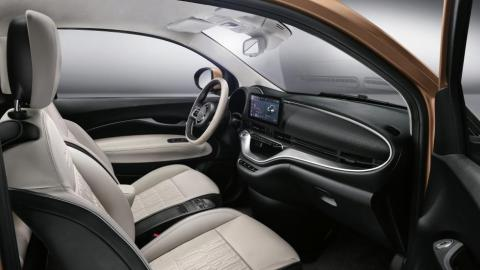 Interior del Fiat 500 3+1