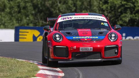 Porsche 911 GT2 RS récord Mount Panorama