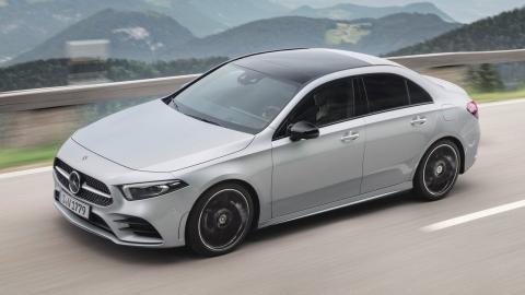 Mercedes motor Renault