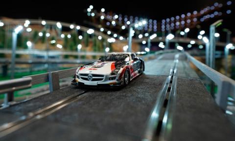 La pista de Scalextric más grande del mundo tiene instalación fija en Madrid