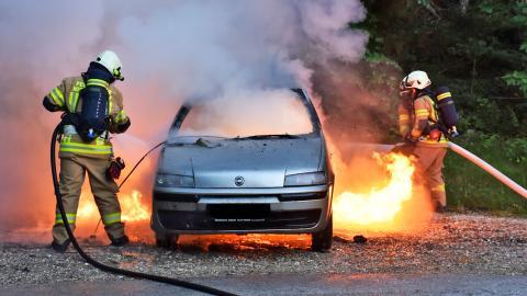 Incendio de un coche