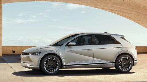El primer eléctrico de la marca especialista de Hyundai. Ioniq 5 2021
