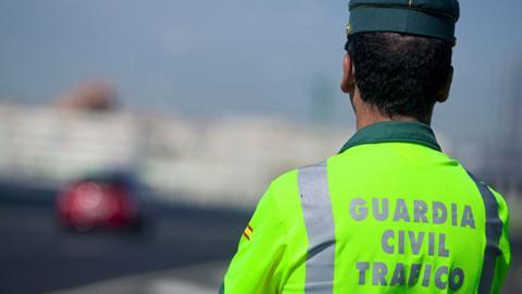 La regla del 7 de la Guardia Civil para saber a qué velocidad saltan los radares